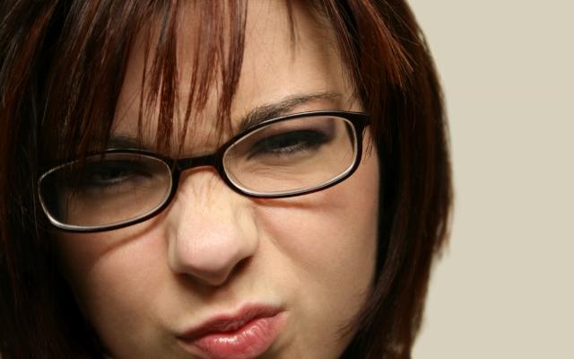 mulher humor nariz (640x400)