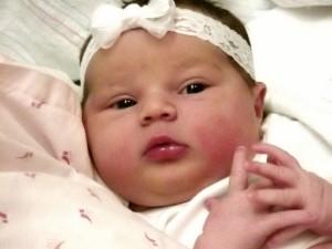 bebe menina (570x428)