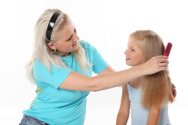 como pentear cabelo de menina
