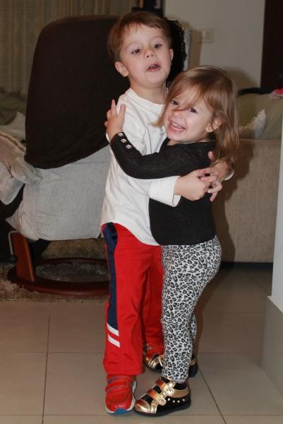 Meus filhos Lucas e Larissa