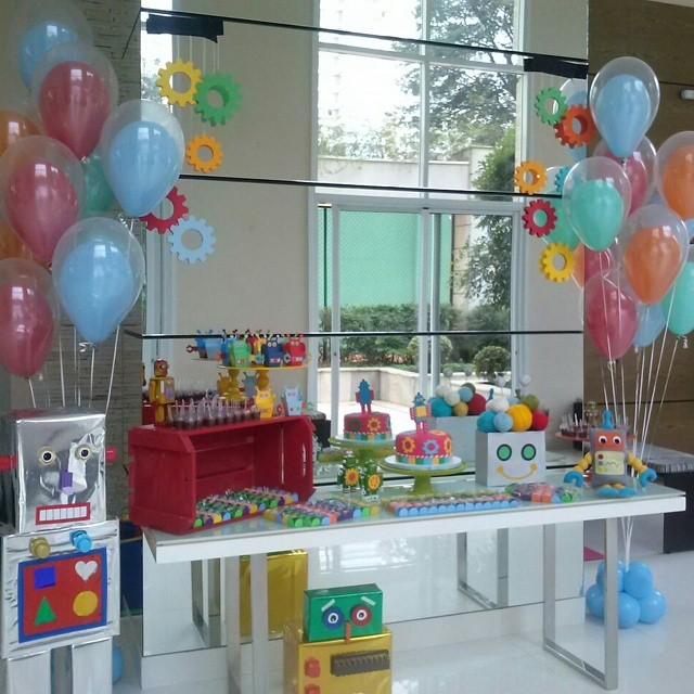 Decoraç u00e3o de festa infantil u2013 balões com ar e balões com gás Hélio Almanaque dos Pais -> Decoração Com Balões Para Aniversário