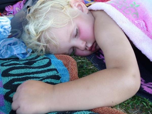 menina-dormindo