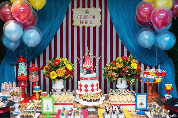 12 inspiraes de temas para festa infantil de menino almanaque foto reproduo pinterest thecheapjerseys Image collections