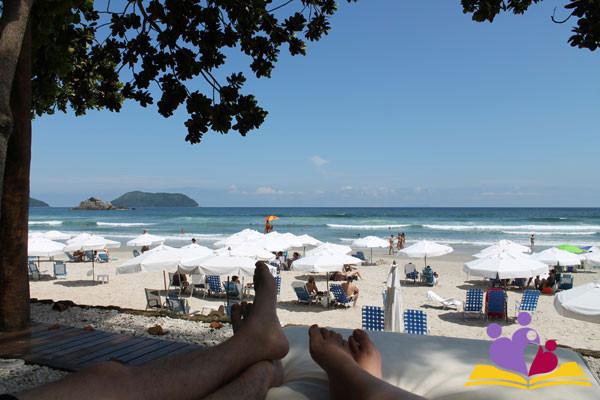 Fla-e-Mo-relaxando-no-Juquehy-Praia-Hotel-ok